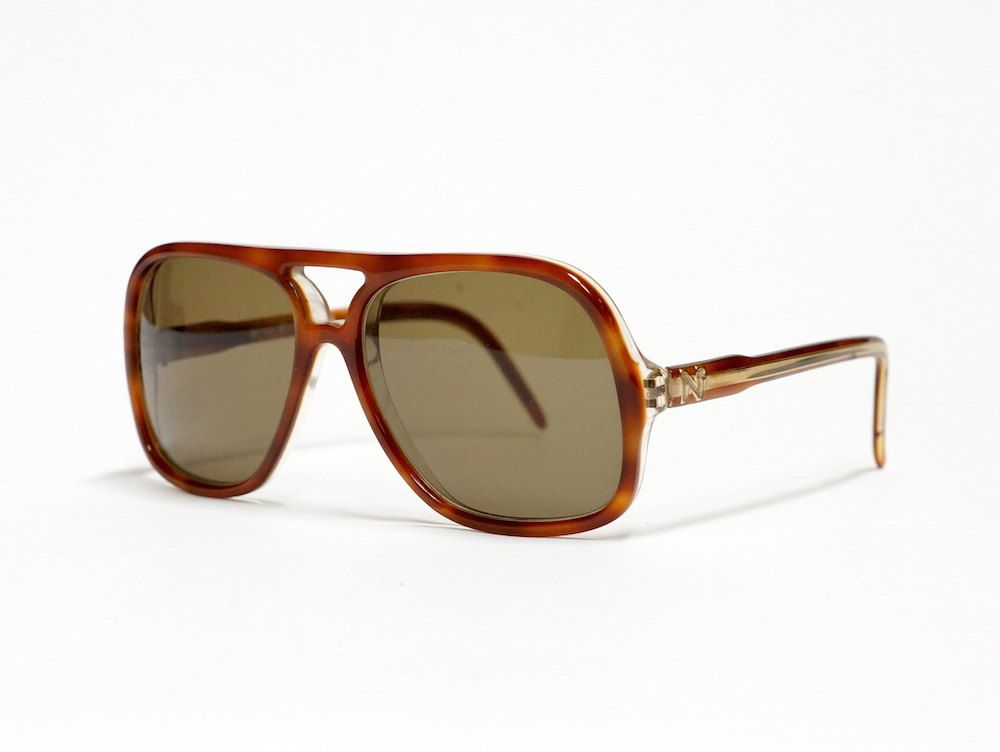Vintage sunglasses by Nina Ricci model 140-053