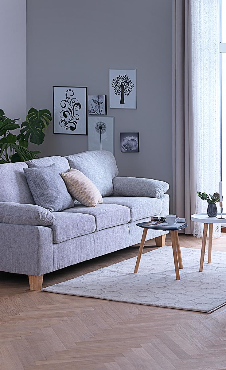 Brugen af lyse farver som grå og hvid, kan være med til at din stue ...