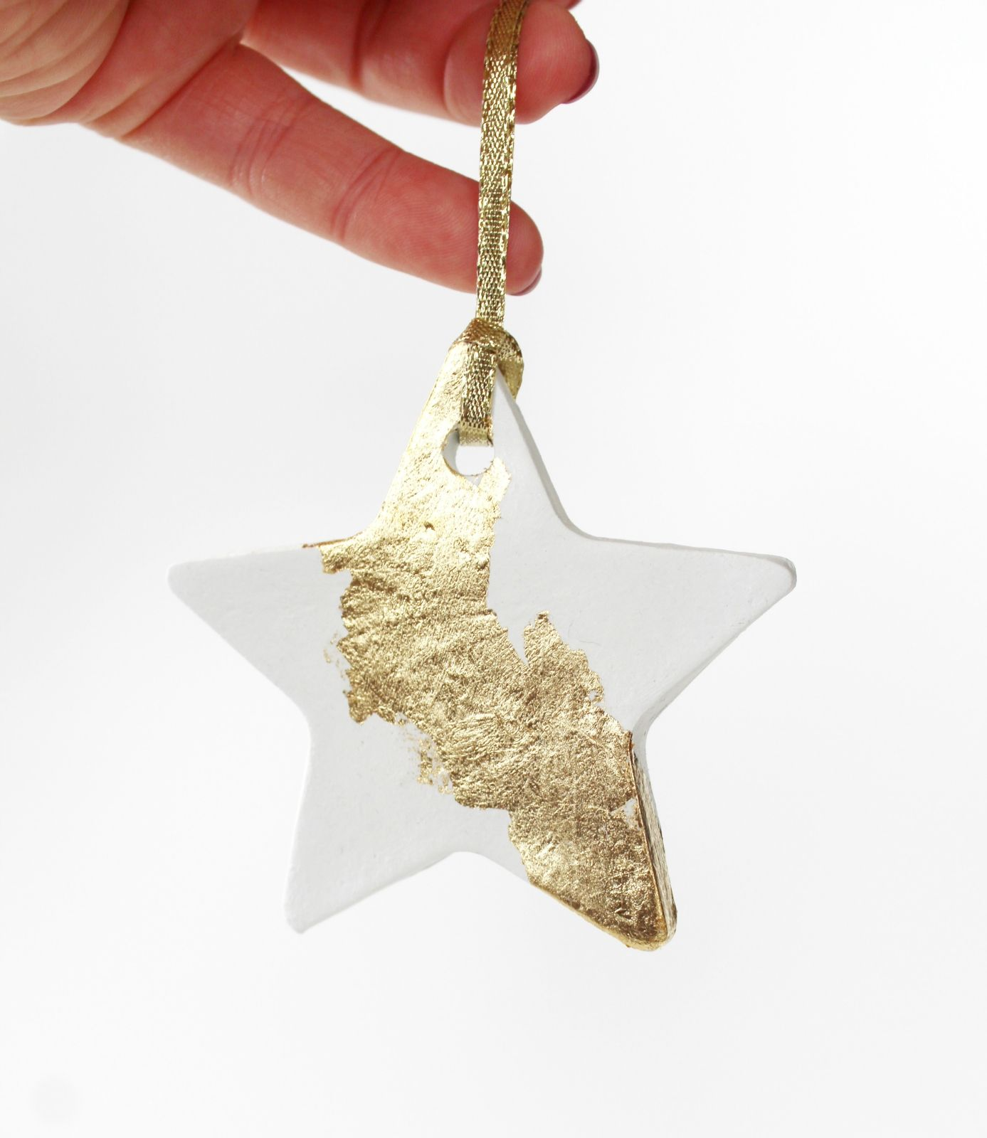 1 Large Gold Star Christmas Tree Decoration Ceramic Festive Clay Ornament Gold And White Holiday De Christmas Tree Decorations Holiday Decor Clay Ornaments