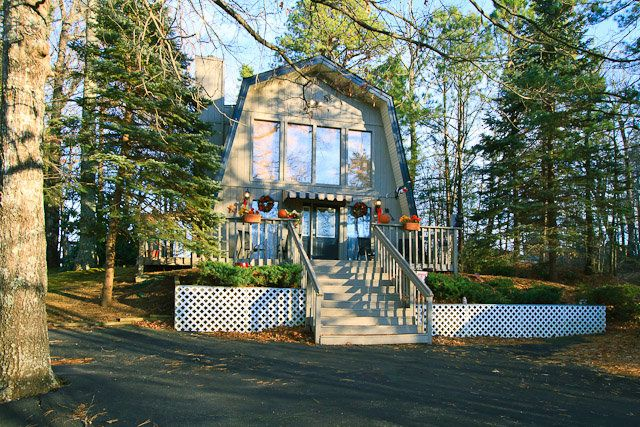 Mountain Memories Located High Above Gatlinburg, This Beautiful Chalet Is  Only 2.5 Miles From Downtown
