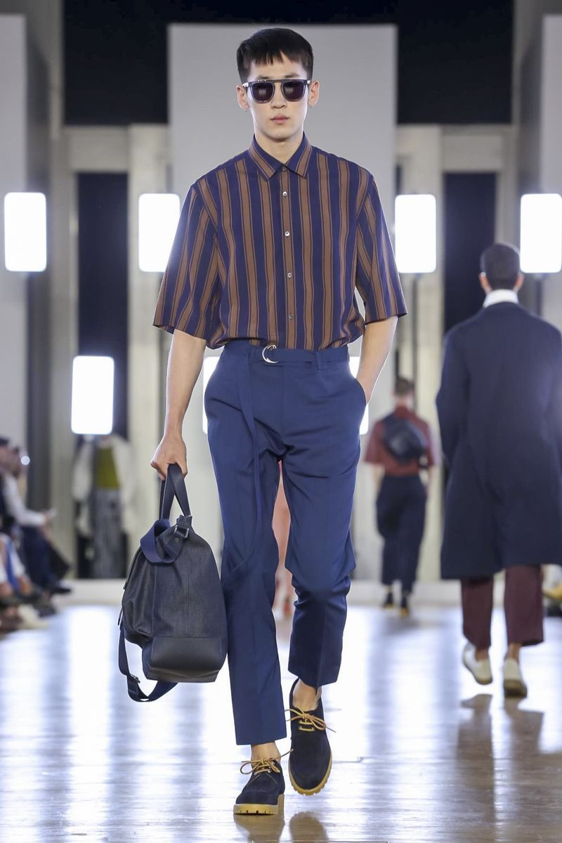 Cerruti 1881 Fashion Show Menswear Spring Summer 2018