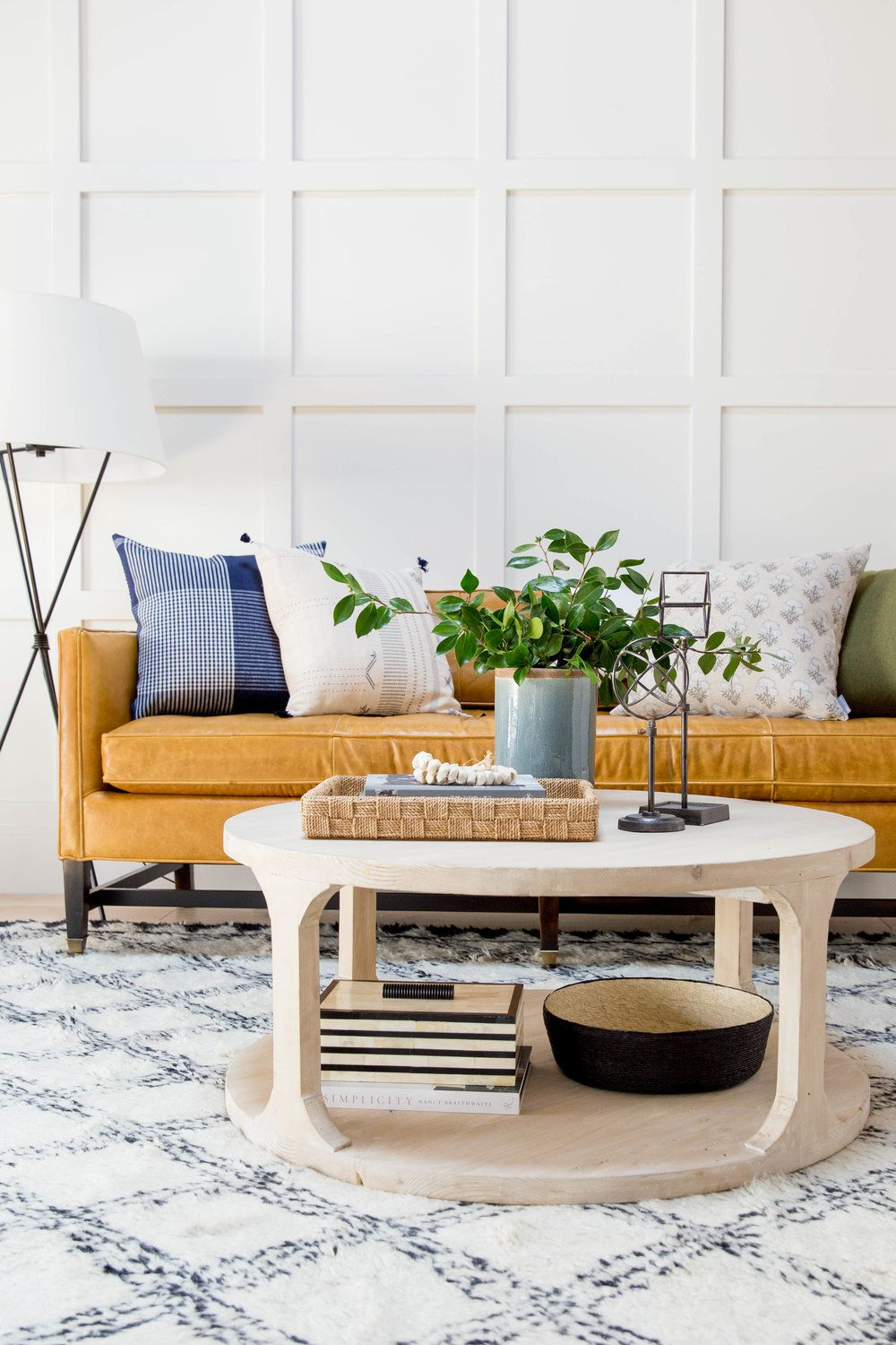 Pin By Tara Free On Styling Round Coffee Table Decor Round Coffee Table Living Room Table Decor Living Room [ 1500 x 1000 Pixel ]