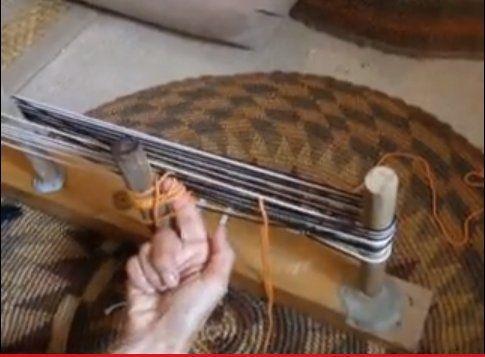 aggiungendo licci stringa mentre orditura