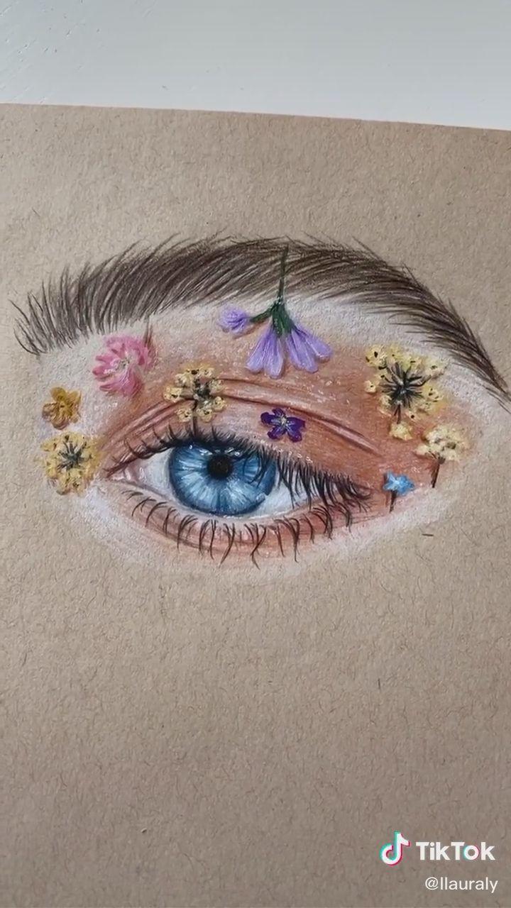Photo of Kunst Eye drawing
