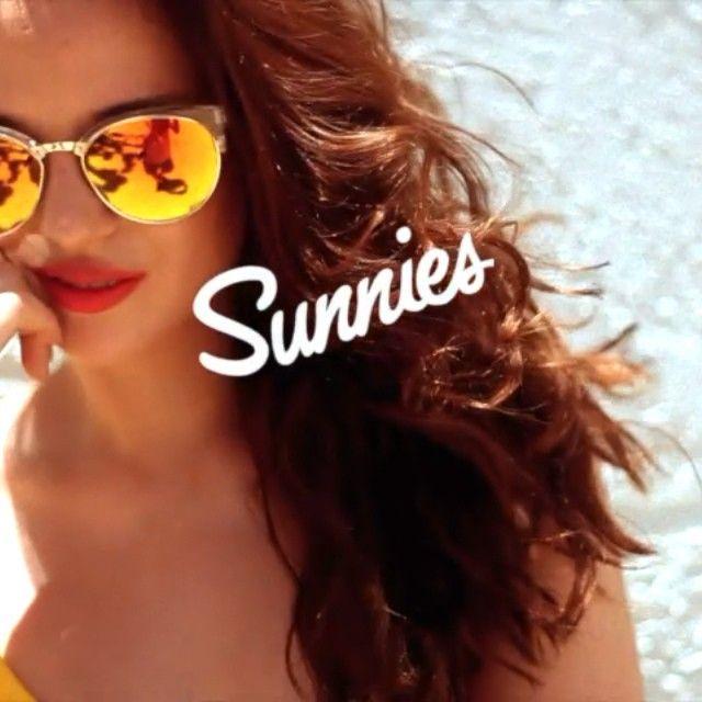 Yellow on yellow in Joshua Tree. Press play! #sunniesTV #sunniesstudios | Sunnies Studios