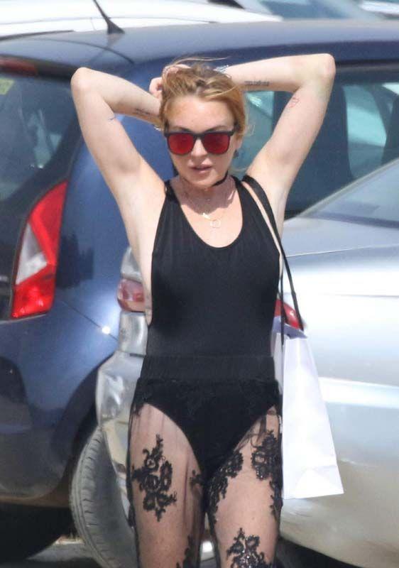 Lindsay Lohan Walking Around