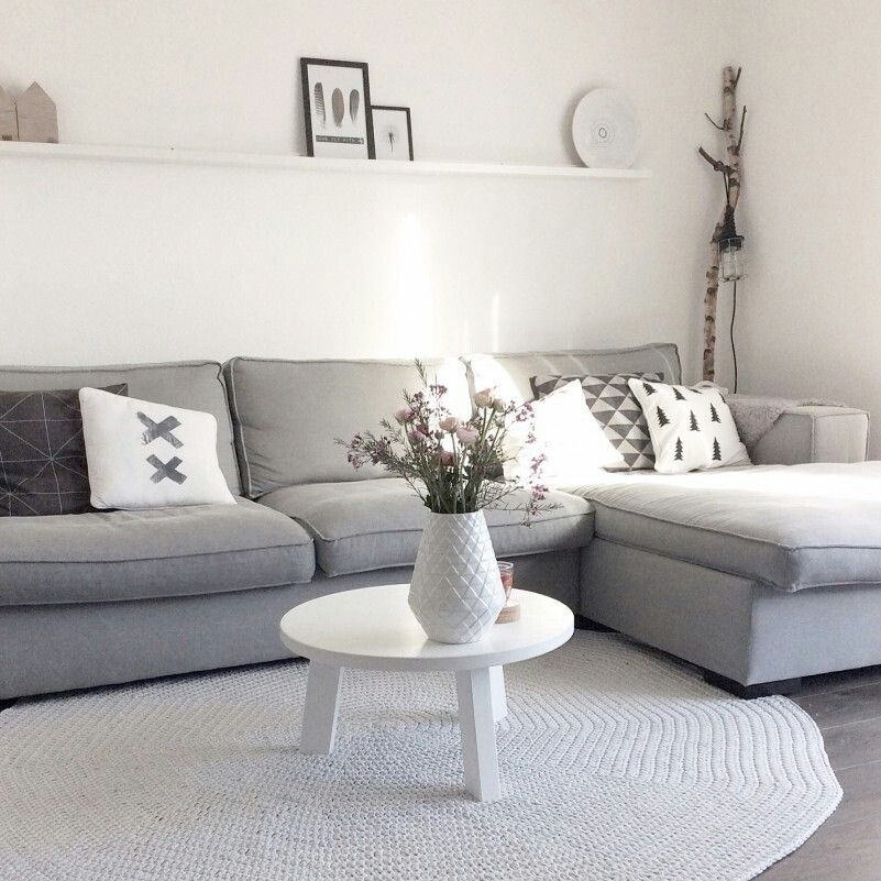 Pin de nadine sakr en home sweet home decoracion de for Sillones para apartamentos pequenos