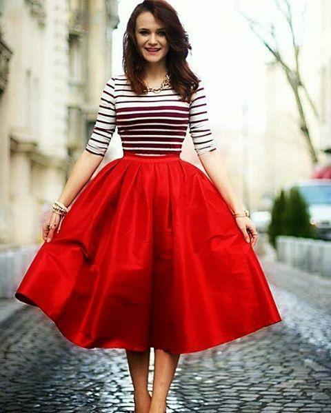 Miss Cynthia's Day skirt ~ Taffeta skirt with Plea