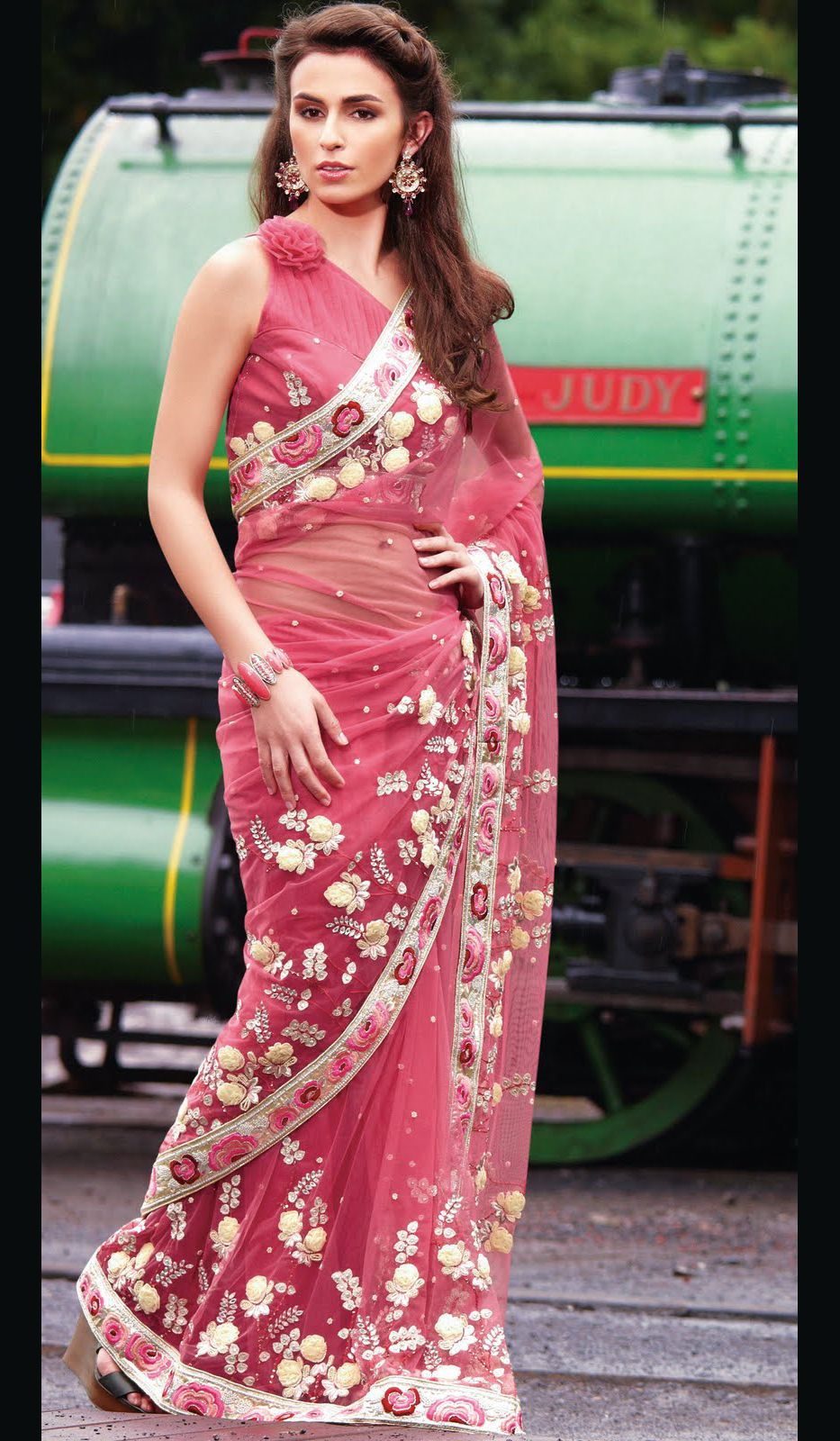 Pink Faux Georgette Stylish Wedding Party Wear Saree with Nice ...