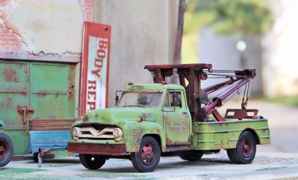 Monogram 1955 Ford F600 Wrecker Truck 1/24 1/25 for Junkyard Diorama ...