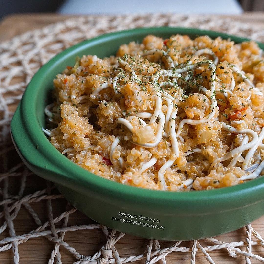Las mejores recetas fitness y la mejor cocina saludable la encontrarás aquí. Hoy Cazuelita picantona de quinoa, gambitas y gulas ¡Te encantará!