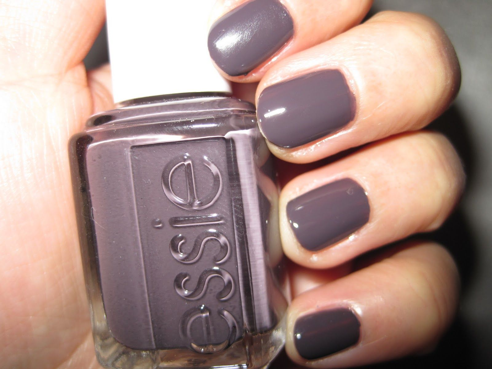 essie nail polish color smokin hot | Nails | Pinterest