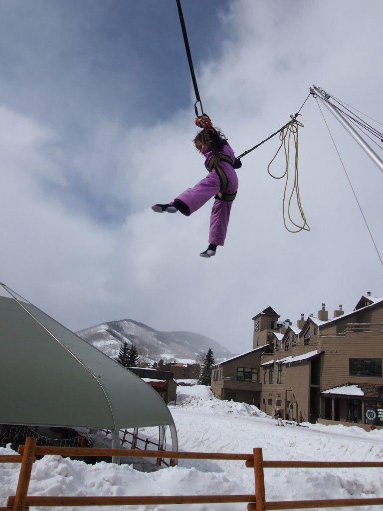 Top Family Ski Resort: Crested Butte | MomTrends #famillyfun #familyvacaction @skicrestedbutte www.VisitGCB.com