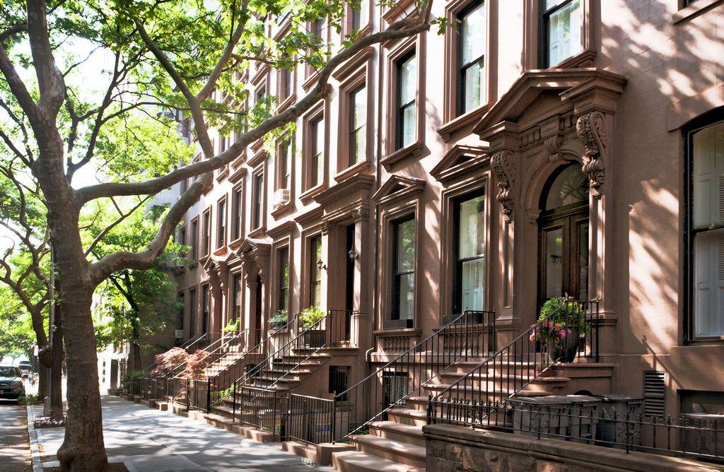 brownstone: New York, NY