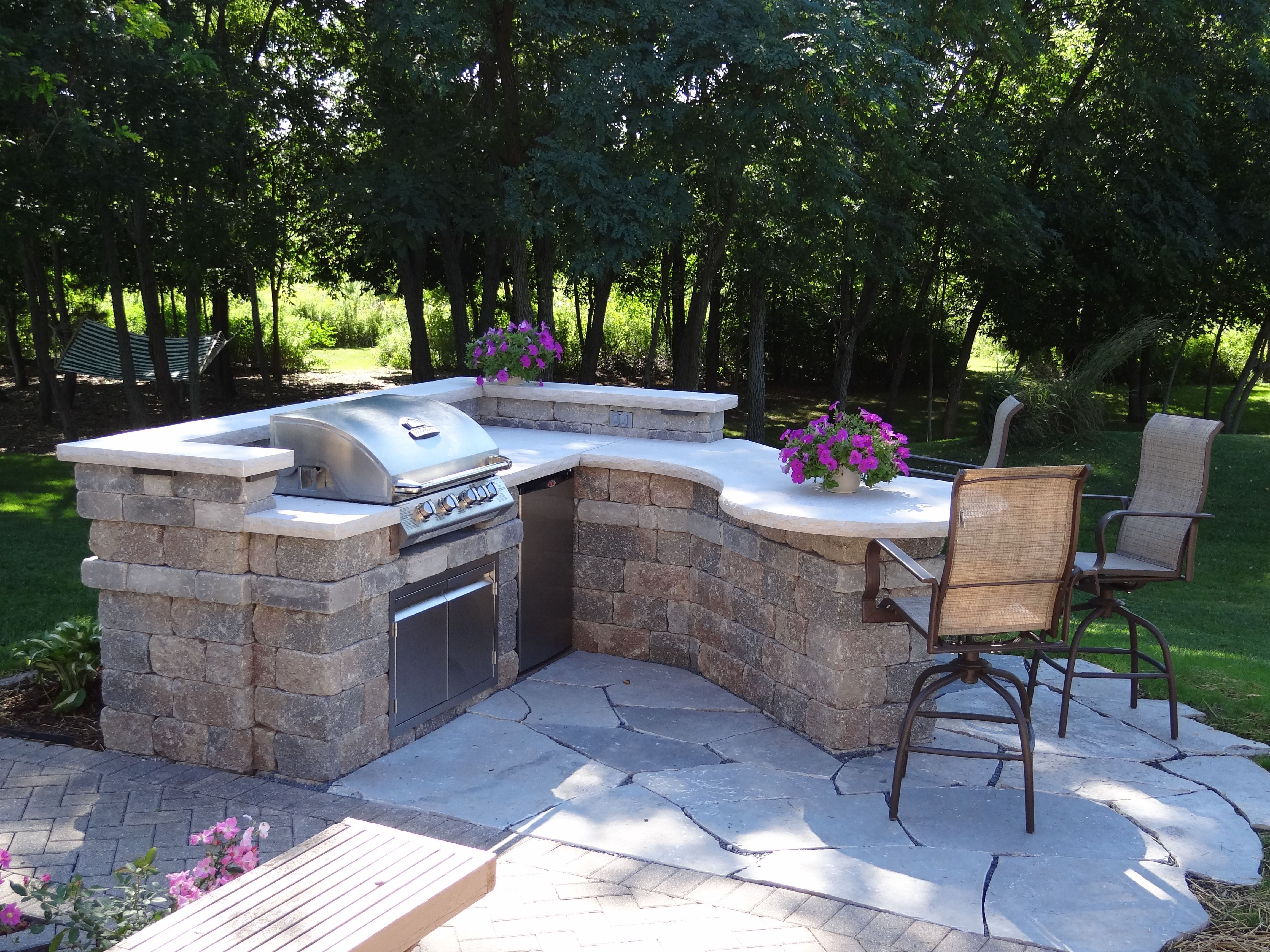 Outdoor Kitchen Backyard Patio Ideas Featuring A Gas Grill Outdoor Refrigerator Led Lighting Flagstone Patio Electr Outdoor Grill Area Patio Outdoor Bbq