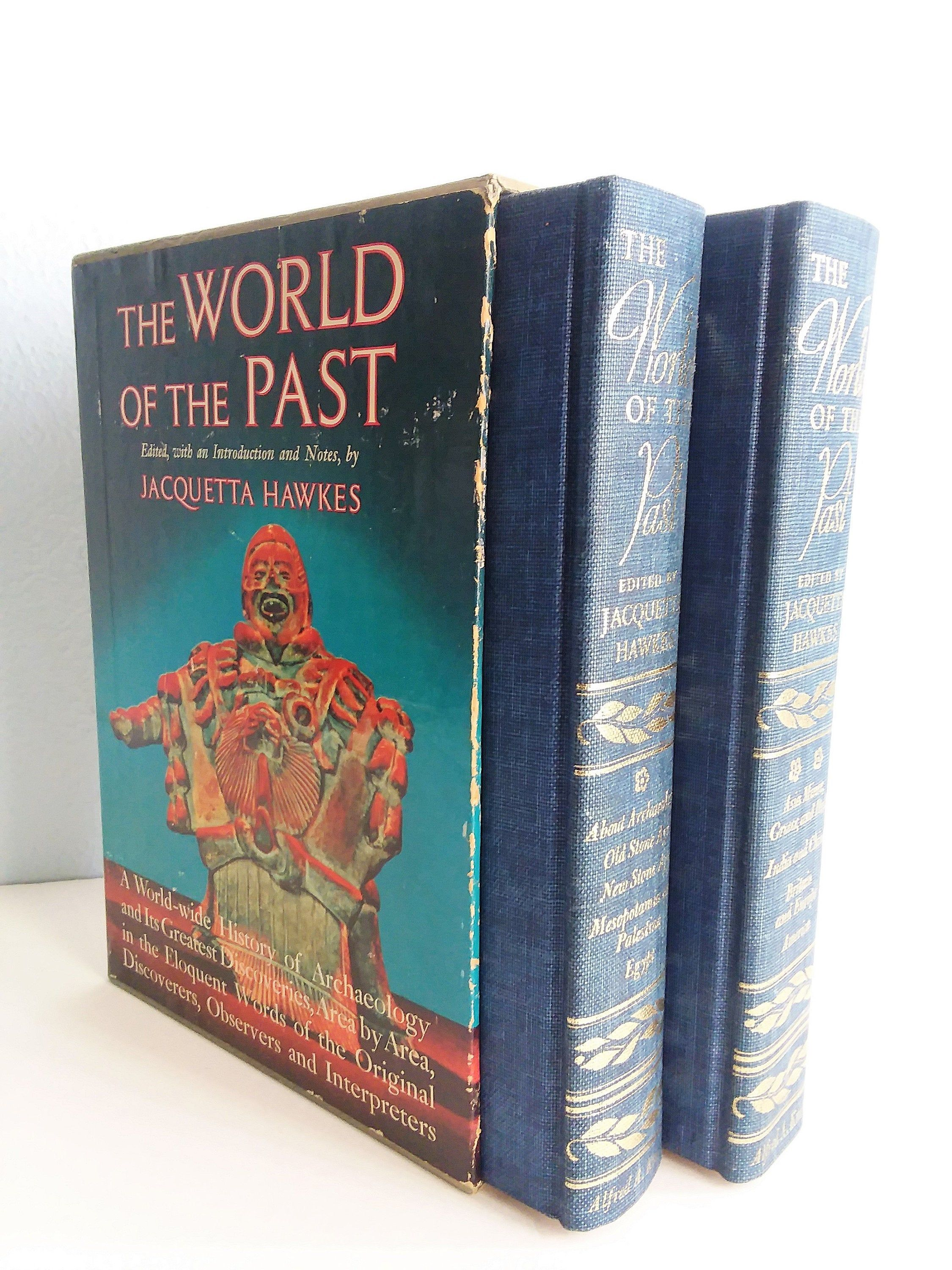 1963 Vintage Book Box Set Archeology Themed Title The World Of The Past 2 Volume Gift Set On World History Archeology And Discoveries In 2020 Book Box Vintage Book Boxset