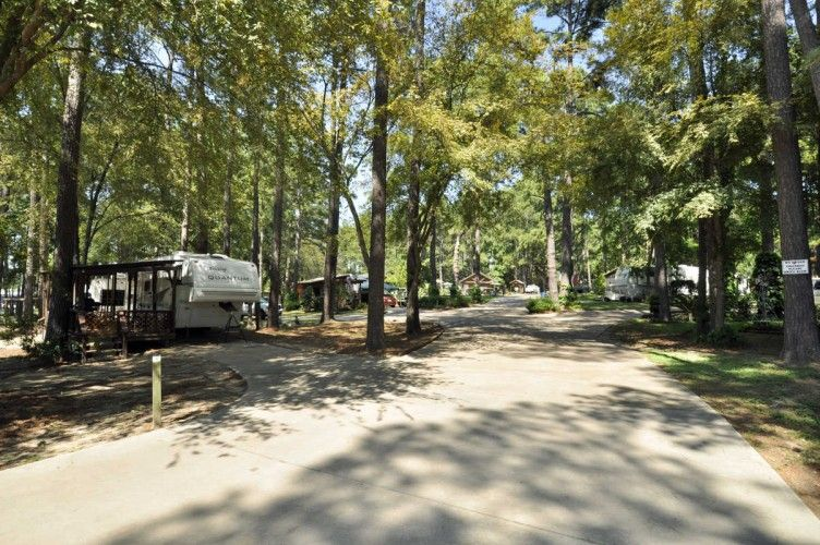 Stowaway Marina Rv Park Wins People S Choice Award In Montgomery Long Term Gated Rv Campground Park With Pool On Wooded Rv Parks Park Lakefront Property
