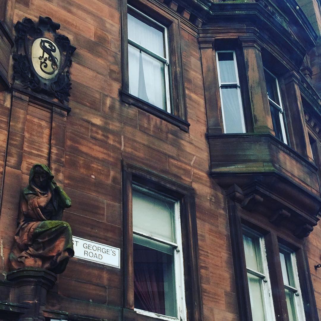 Bus Days #Glasgow #arcitecture By Dbenjaminr