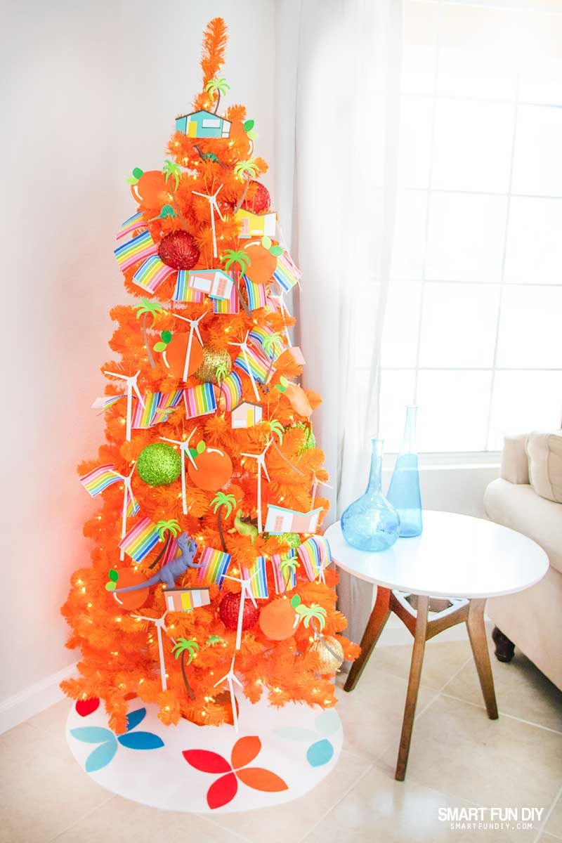 Diy Palm Springs Christmas Decorations For An Orange Christmas Tree Christmas Tree Decorations Diy Orange Christmas Tree Christmas Tree Decorations