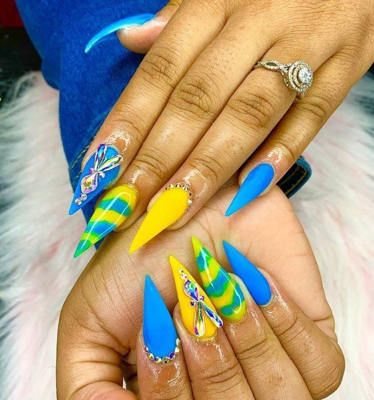 52 Trendy Acrylic Stiletto Nails Design Ideas For You Stiletto Nagelkunst Farbenfrohe Nageldesigns Designs Fur Lange Nagel