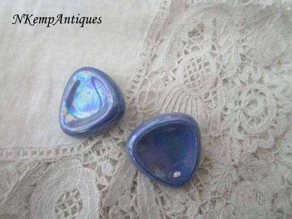 Vintage ceramic earrings by Nkempantiques on Etsy
