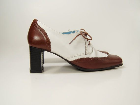 Vintage 80s chunky heel two tone leather by Ambercityvintage, $65.00