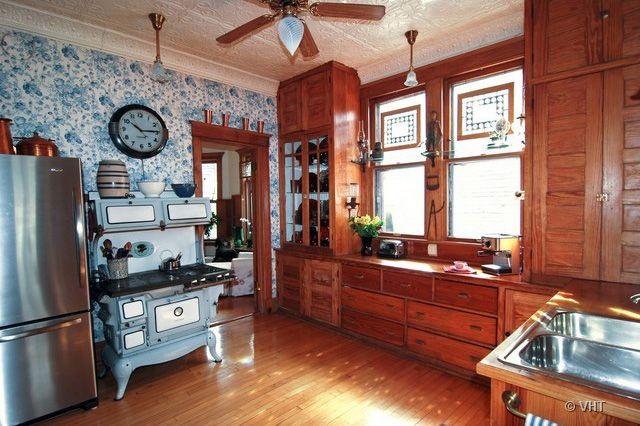 ... Häuser Im Viktorianischen Stil, Viktorianische Küche, Viktorianische  Deko, Vintage Küchen, Antiker Herd, Antikes Holz, Antike Möbel, Möbeldekor