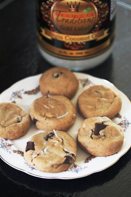 Kitchen Grrrls.: Vegan Coconut Oil Chocolate Chip Cookies