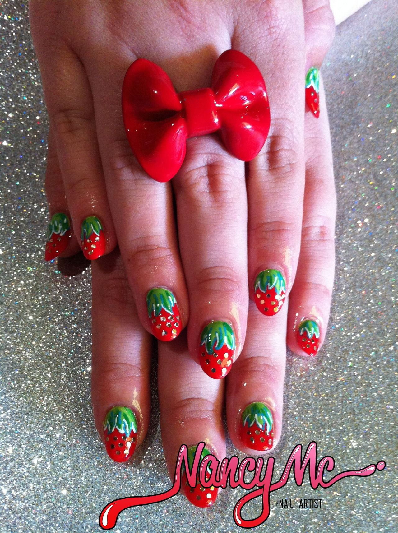 Loulou's strawberry nails!