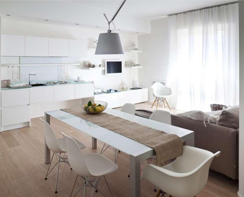 Colori pavimenti di casa - Parquet chiaro per cucina molto ...