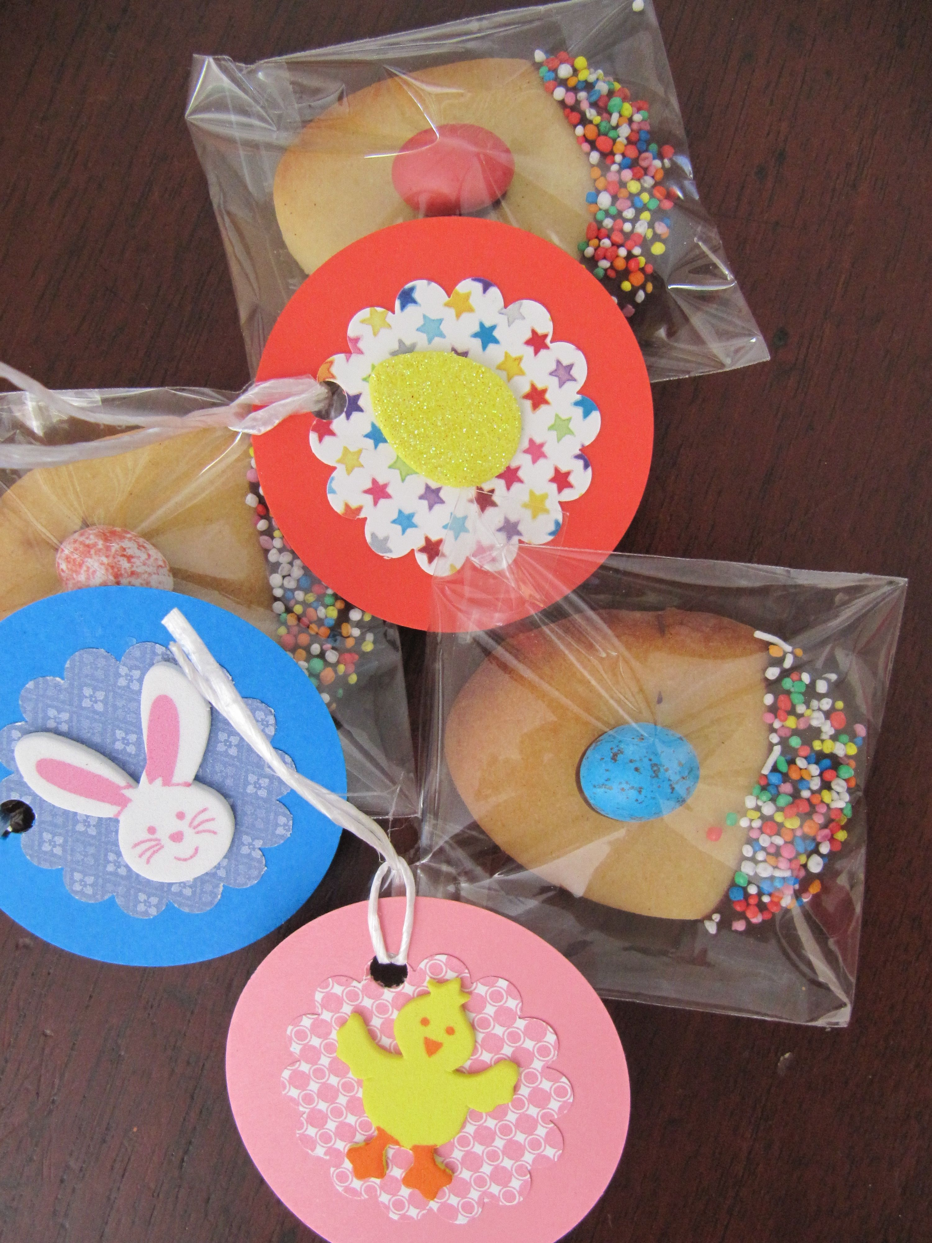 Handmade easter gift tags with cookies gifts for school friends handmade easter gift tags with cookies gifts for school friends negle Images