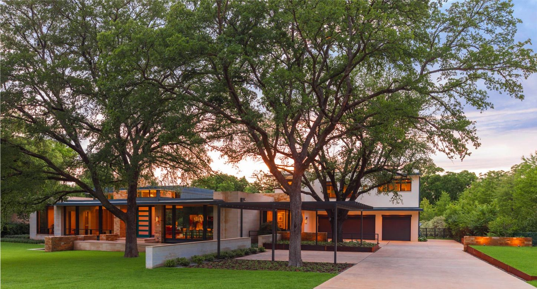 Sunnybrook Ii Tatum Brown Custom Homes Dallas Texas Cool House Designs Architect Custom Homes