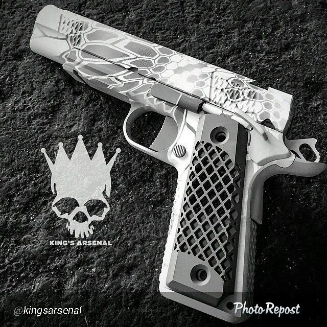 """By @kingsarsenal """"The other side of this awesome #KingsArsenal #kulverin 1911…"""