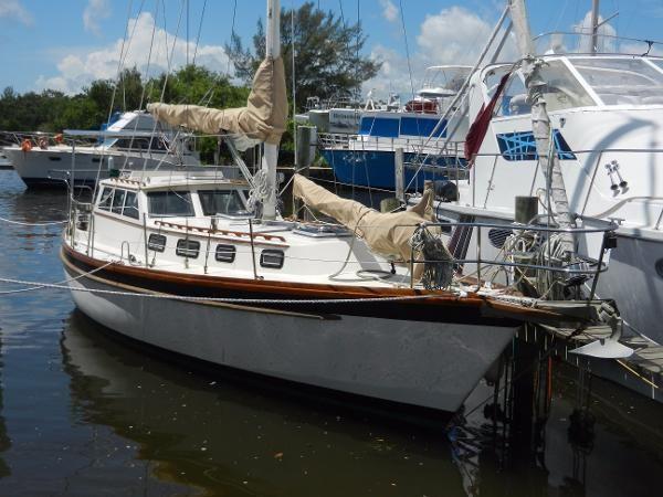 1980 Mariner Pilothouse Cutter Fort Pierce Florida Boats