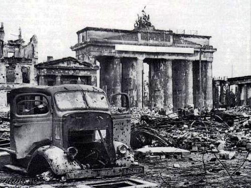 Brandenburg Gate 1945 Brandenburger Tor Berlin Geschichte Kriegerin