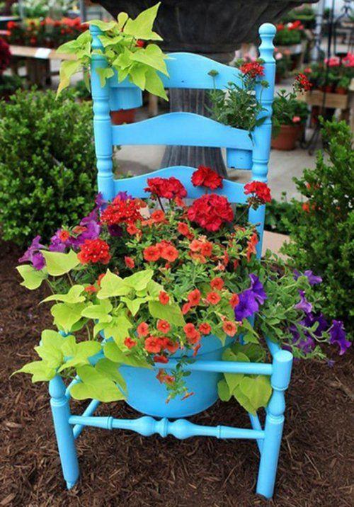 gartendekoration selber machen alter Stuhl wird zum - gartendekoration selber machen