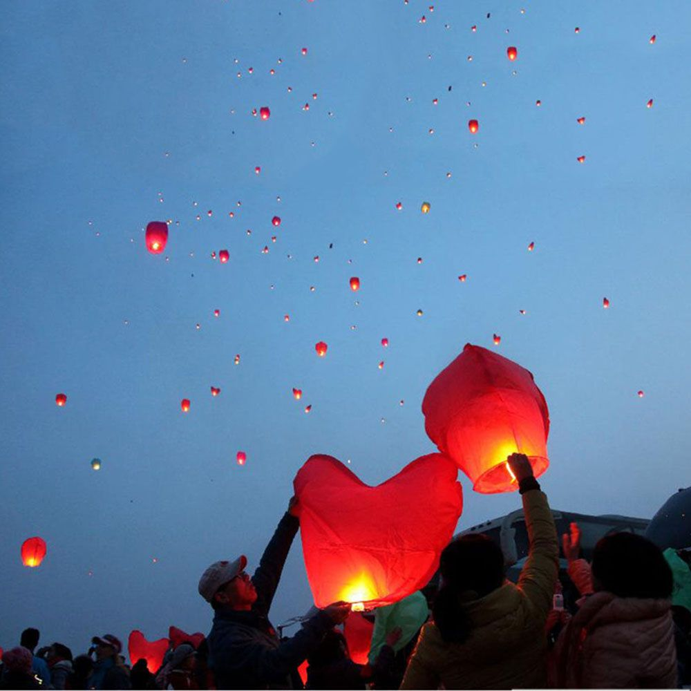 Heart Shape KongMing Sky Flying Lanterns Fire Light Wishing Lamp Wedding Party