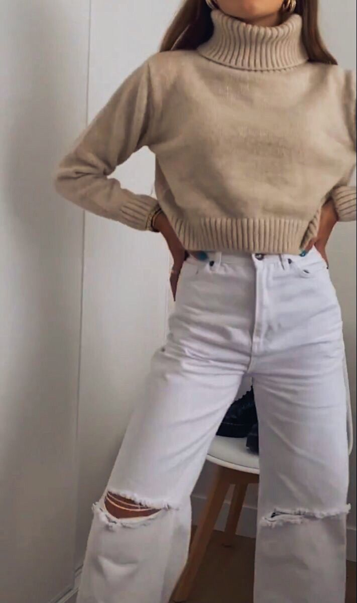 Girl aesthetic beige and white Fashion outfit
