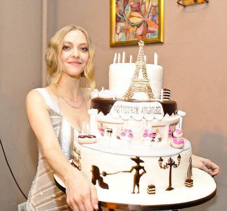 Turning 26 like its 1926 Amanda Seyfried celebrates her birthday