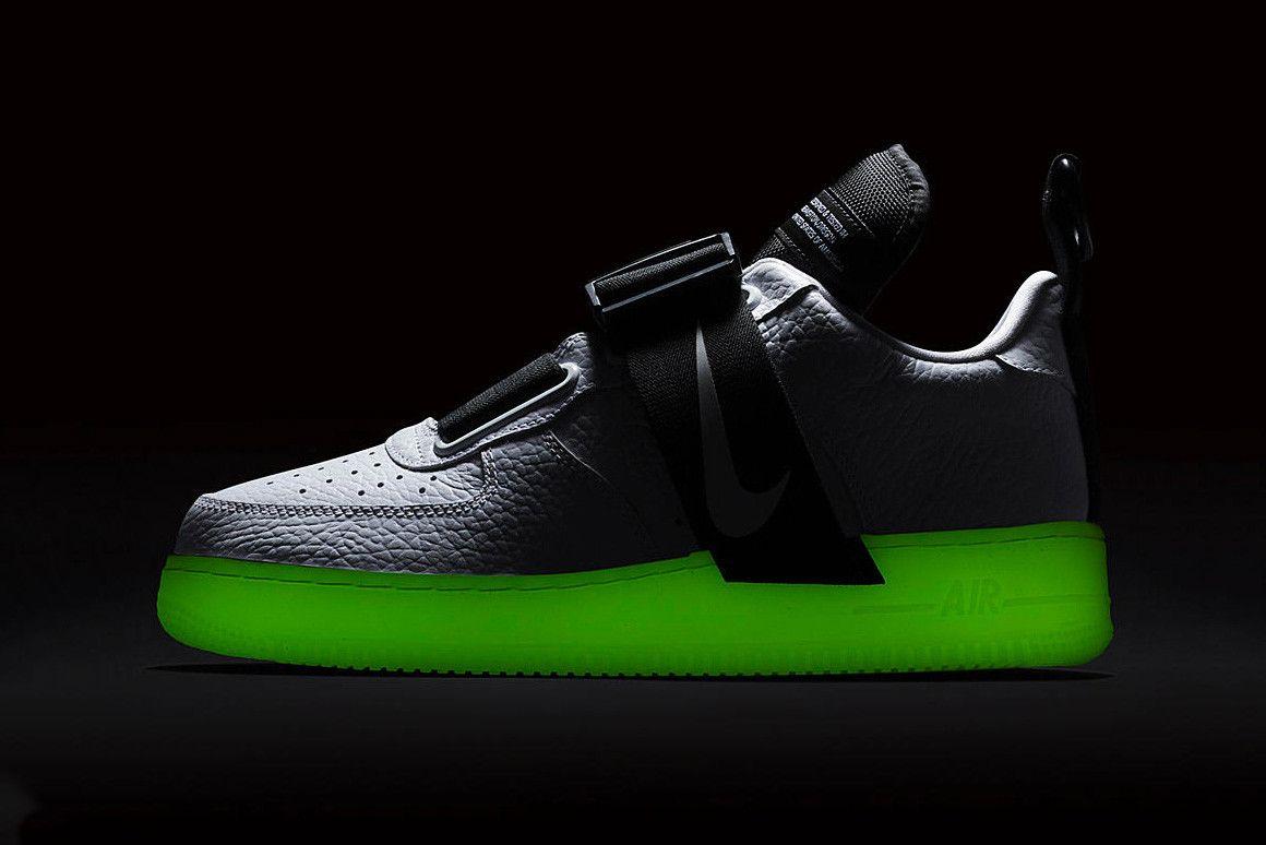 ab3d9f6d Nike Air Force 1 Utility QS Glow-in-the-dark подошва кроссовер цвет белый  белый дата выхода цена информация