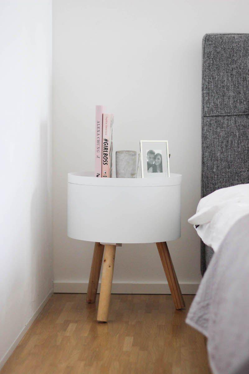 Schlafzimmer gestalten in Grau Wei und Rosa  Interior  Home  Schlafzimmer Beistelltische