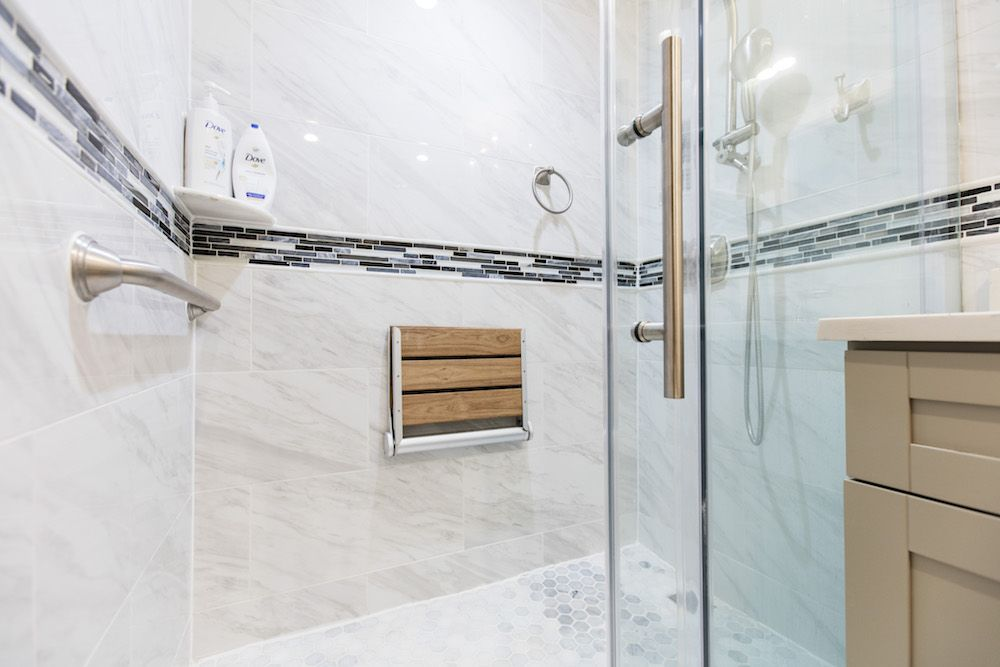 See How to Create a Safe, Senior-Friendly Bathroom ...