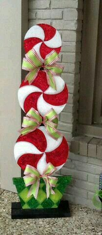 Outdoor Christmas Decorations Candy Canes Pinverónica Liliana On Navidad  Pinterest