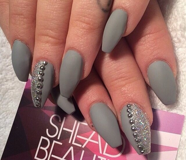 Christmas Acrylic Nails Grey: Winter Nails Acrylic, Grey Matte Nails