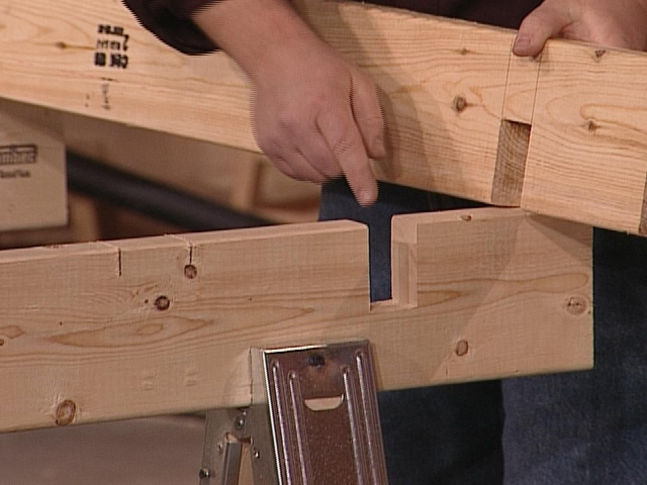 How to Make a SpaceSaving Sawhorse Worktable in 2020