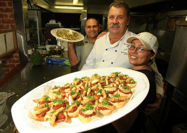 Witchetty grubs from Australia | Food, Gross food, Weird food