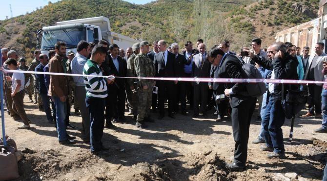Bakan Soylu 10 askerin şehit olduğu 5 sivilin yaşamını yitirdiği saldırı bölgesinde - Sözcü