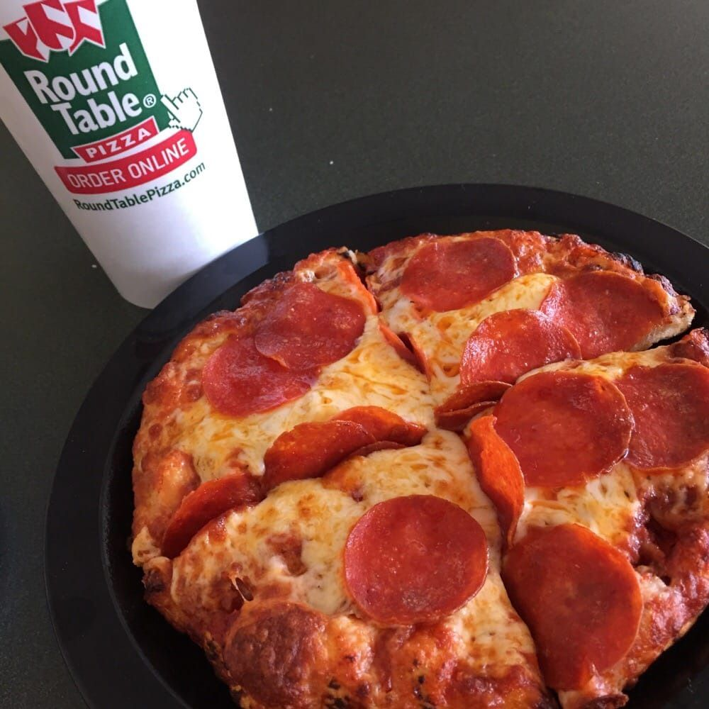 Round Table Pizza In Vallejo.Pin By Annora On Round End Table Pizza Personal Pizza Pizza Sizes