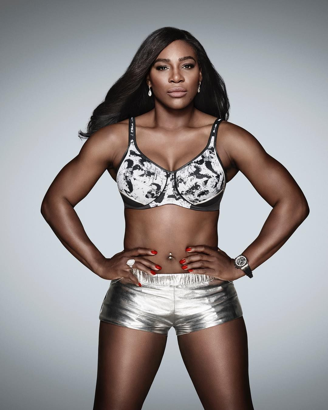 Serena williams flaunts her sexy abs and toned body in new berlei serena williams nvjuhfo Image collections