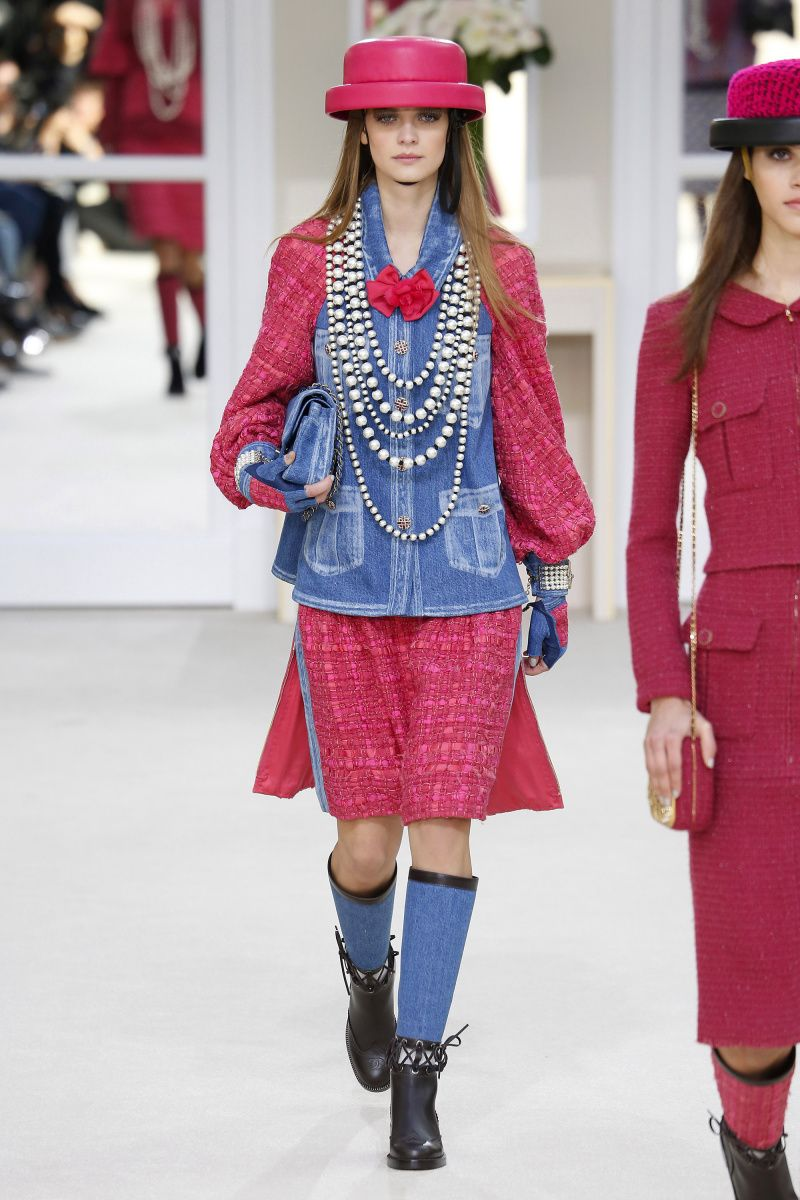 Chanel | Ready-to-Wear - Autumn 2016 | Look 8